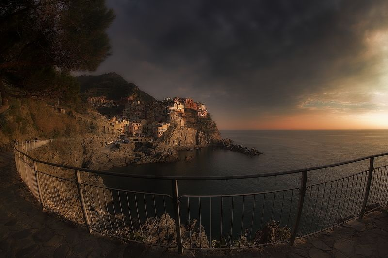 Manarola with fishphoto preview