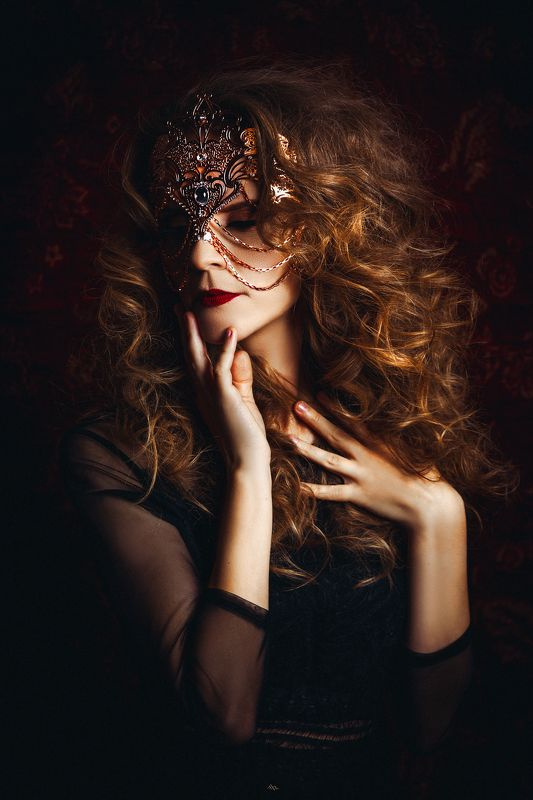 woman, beauty, portrait, art, studio, light Behind every mask there is a storyphoto preview