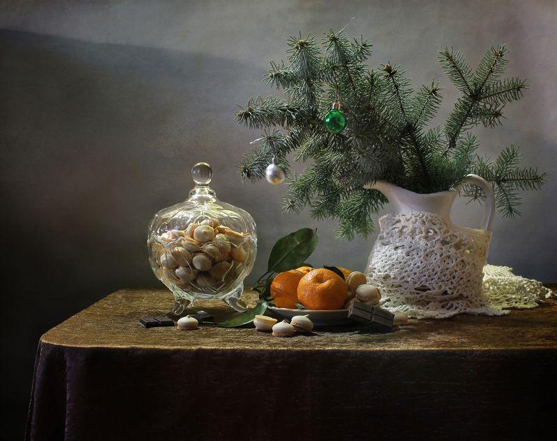 новый год, елка, зима, натюрморт, подарки, сладости, печенье, мандарины Про печеньки, мандаринки и Новый годphoto preview