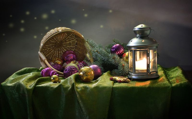 зима, новый год, натюрморт, подсвечник, фонарик, елка, украшения Ожидание чудесphoto preview