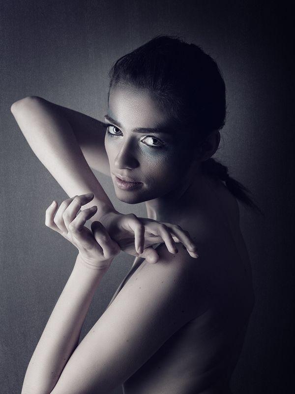 девушка, портрет, портрет девушки, женщина, демон, мистика, женский портрет, характер, агрессия, woman, girl, female, portrait, вуьщтб вкфьфешс Демонphoto preview