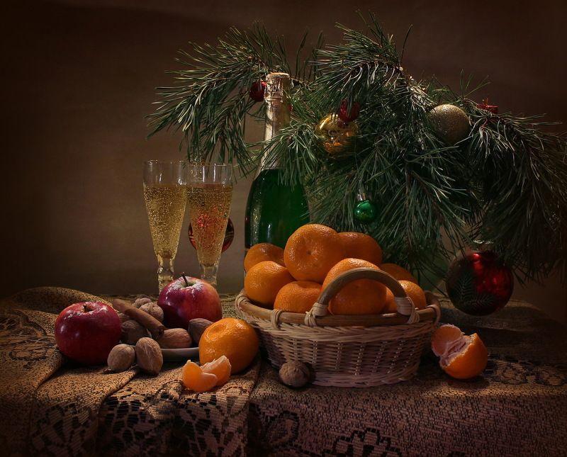 натюрморт, новый год, мандарины, шампанское, мартини, фрукты, праздник С Новым годом!photo preview