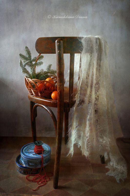натюрморт, стул, мандарины, шаль, 3 января 3 январяphoto preview