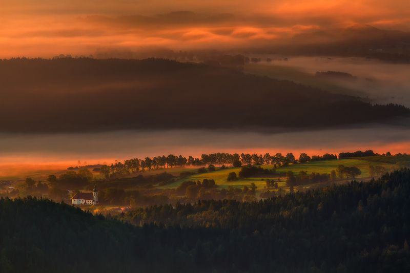 landscape,canon,mist,light,autumn Mesmerized by the Beauty Below ...photo preview