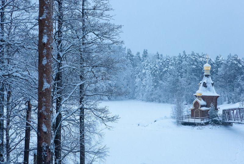 Снегопад. Храм Андрея Первозванного на Вуоксеphoto preview