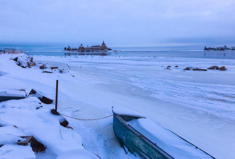 Зимнее хмурое утро близ Шлиссельбургаphoto preview