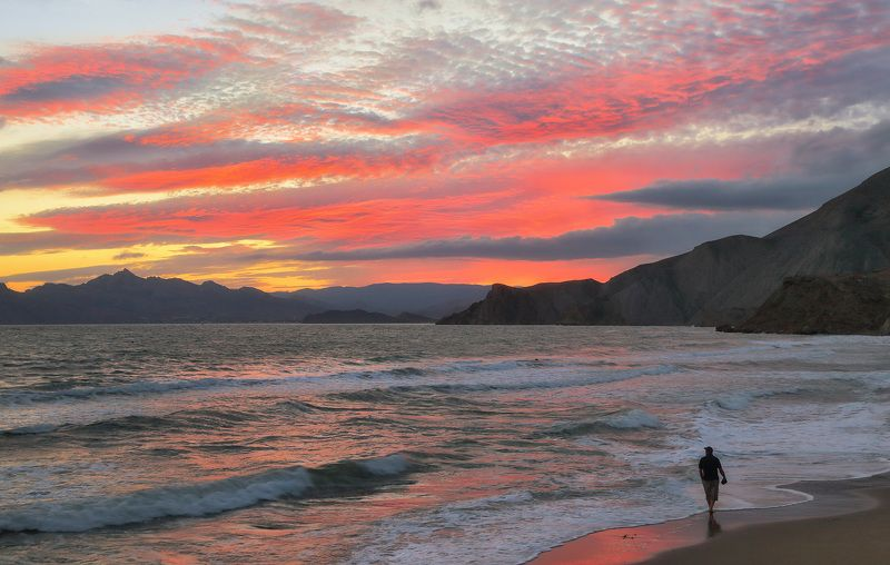 вечер, море, закат, прибой Вдоль по линии прибояphoto preview