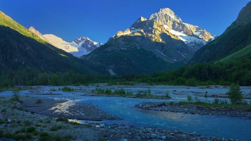 горы лето аксаут вечер река В горах Аксаута 2photo preview