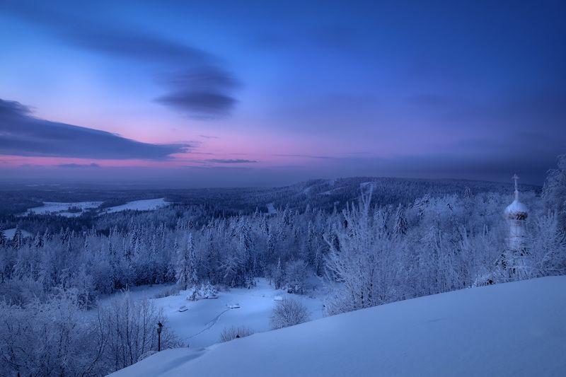 белая гора, зима, рождество, снег, мороз, метель, пурга, холод, белый, утро, рассвет Холодные краски январского рассветаphoto preview