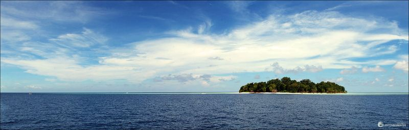 malaysia, sipadan, si amil, islands, sea, water, clouds Sipadan & Si Amilphoto preview