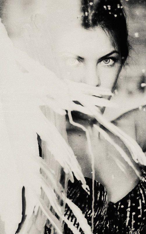 портрет, ч/б, девушка, краска, молоко Milkphoto preview