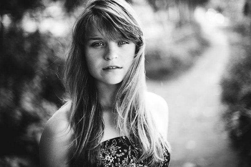 девочка, лето, чб, rourke, антон роук, лес, боке Однажды летомphoto preview