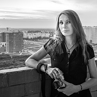 Portrait of a photographer (avatar) dark-angel (Sandra Vogel )
