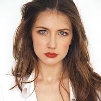Portrait of a photographer (avatar) Fleur -model-