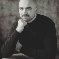 Portrait of a photographer (avatar) Kris Rzeszut
