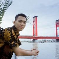 Portrait of a photographer (avatar)  rahmad himawan (rahmad himawan)
