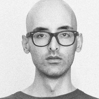 Portrait of a photographer (avatar) goshtasp