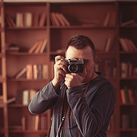Portrait of a photographer (avatar) Виктор Киевский (Raft & LEA) (Viktor Kievskiy (Raft & LEA))