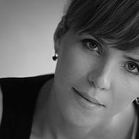 Portrait of a photographer (avatar) Оксана (Oksana Serdyukova)