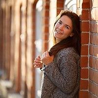 Portrait of a photographer (avatar) Olya (Olya Inaya)
