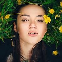 Portrait of a photographer (avatar) Yanka Partisanka
