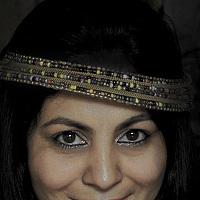 Portrait of a photographer (avatar)  Artist RajNandini (Artist RajNandini)