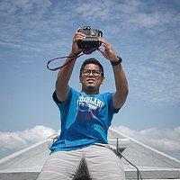 Portrait of a photographer (avatar) ezy