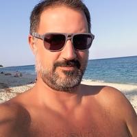 Portrait of a photographer (avatar) Kostas Karaiskos