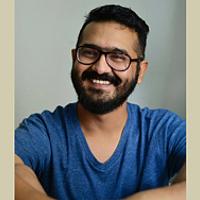 Portrait of a photographer (avatar) Bhavik Thaker
