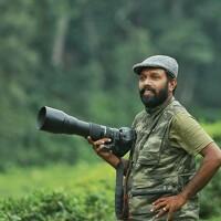 Portrait of a photographer (avatar) vinodorumanayur