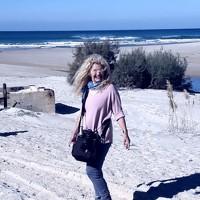 Portrait of a photographer (avatar) Debbie Strauss